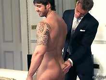 Free gay sex videos of two horny muscled men fucking hard in the office